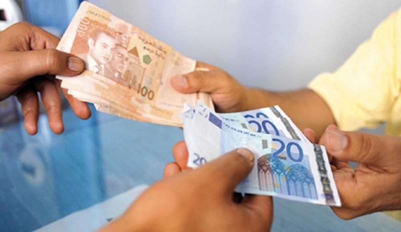Transfert de devises : les envois de MRE reculent